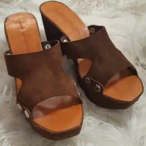 Robert Clergerie Rich Brown Suede Wedge Sandles